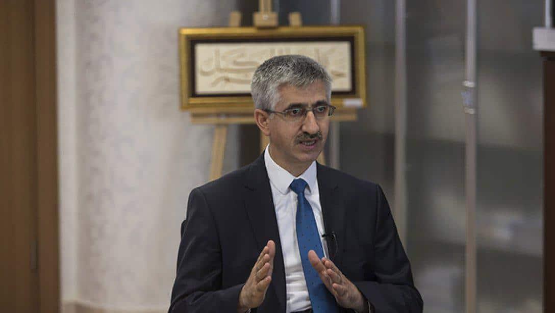 Genel Müdürümüz Nazif Yılmaz, Anadolu Ajansı'na Konuştu: MEB'in Sistemiyle Anadolu İmam Hatip Liseleri Yeni Zirveleri Zorluyor